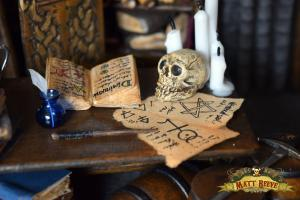 Sorcerers Study. Desk Detail